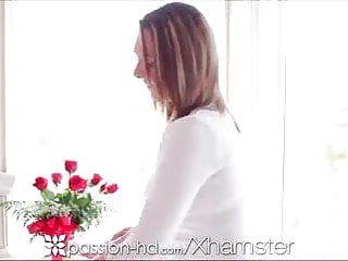 Eccitazione HD - Adolescente di età della Grande Tit Adolescente